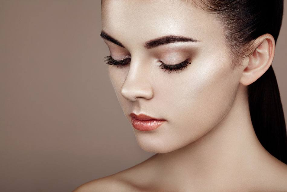 Rhinoplasty & Nose Reshaping - Cost, Recovery & Risks